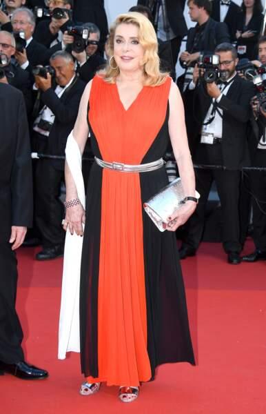 Cannes - Montée des Marches pour le 70ème anniversaire : Catherine Deneuve