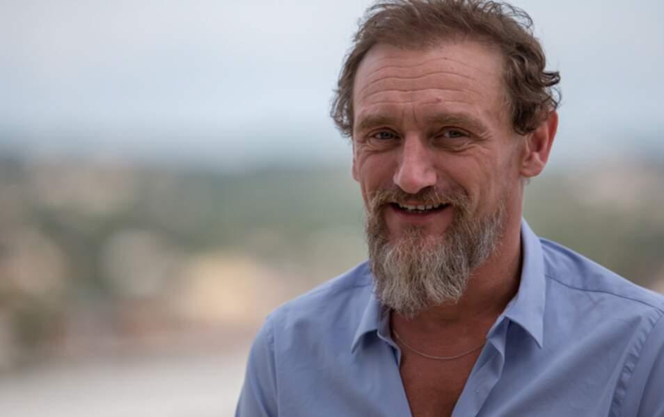 le nouveau look de Jean-Paul Rouve, c'est la barbe !