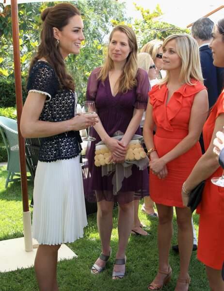 Au début, Kate Middleton avait un vrai look de mamie avec son gilet en crochet