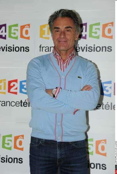 Après 44 ans de bons et loyaux services, Gérard Holtz fait ses adieux à la télé et à France Télévisions