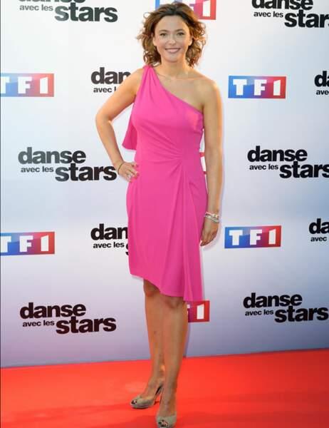 Sandrine Quétier dans sa petite robe rose