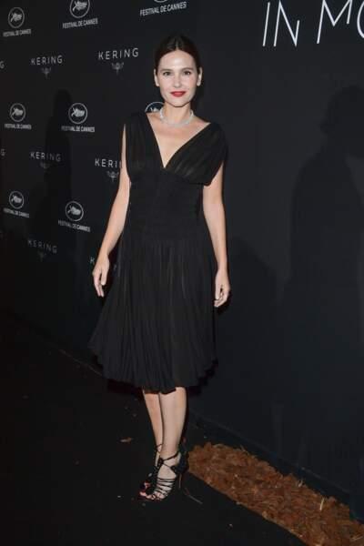 Accident de robe : Virginie Ledoyen toute en transparence pendant le Festival de Cannes