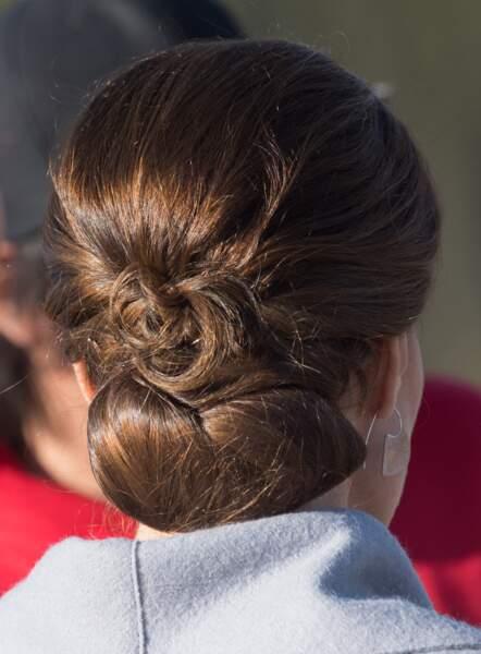 Coiffure : 10 chignons pour cheveux mi-longs (Kate Middleton)