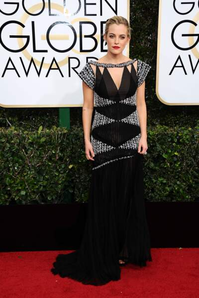 Golden Globes 2017 : Riley Keough (petite-fille d'Elvis) en Chanel