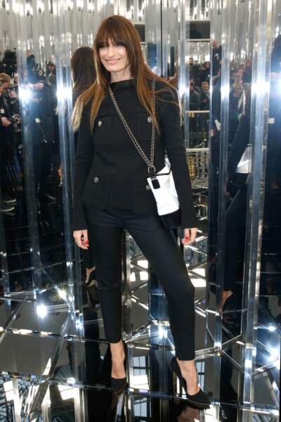 Défilé Chanel Haute Couture : Caroline de Maigret accompagnée de sa frange