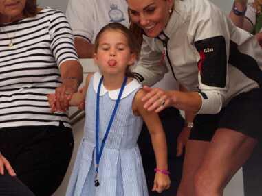 VOICI Charlotte de Cambridge : la fille de Kate Middleton prise en flagrant délit de grimaces