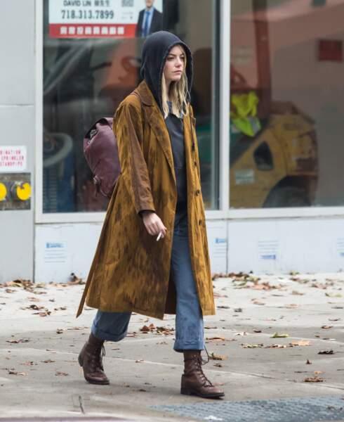 Les do et les don'ts de la semaine : le manteau long - Emma Stone