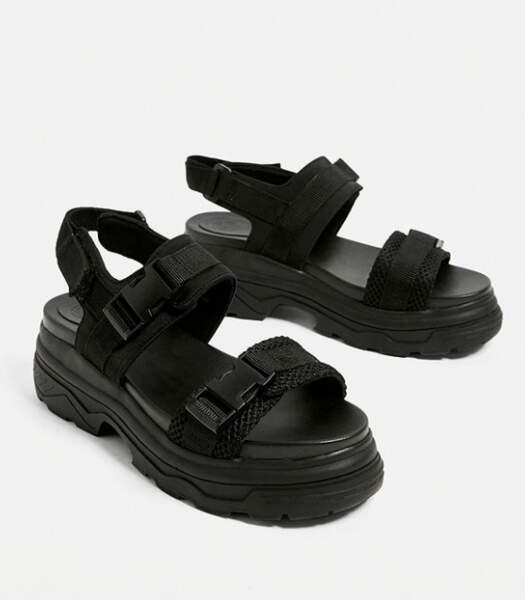 Sandales épaisses Alpha, Urban Outfitters, 55€