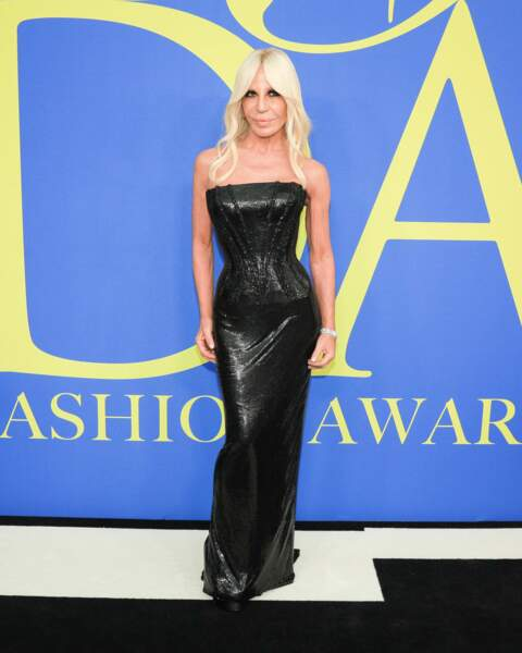 Donatella Versace aux CFDA Fashion Awards 2018