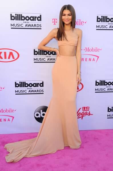 Billboard Music Awards 2016: Zendaya en Calvin Klein