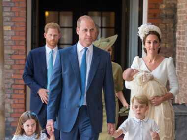 VOICI Baptême du prince Louis : l'arrivée de Kate Middleton et William avec le bébé
