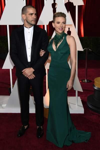 Février 2015 : Scarlett Johansson et Romain Dauriac s'affichent main dans la main aux Oscars