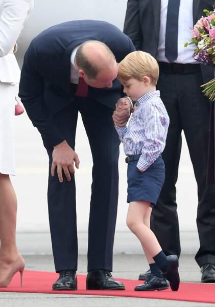 Anniversaire du Prince George - Juin 2017 Visite officielle à Prague, George affiche un caractère déjà bien affirmé