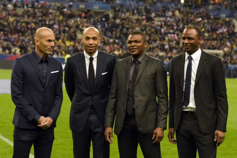 Sur la pelouse, il y a eu un hommage à Zidane, Henry, Desailly et Vieira