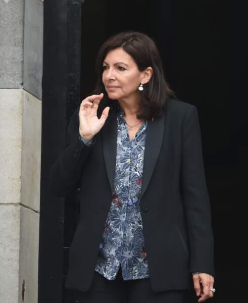 Anne Hidalgo aux obsèques de Christophe Michel