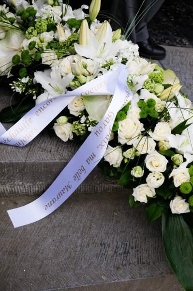 Obsèques de Maurane à Woluwe-Saint-Pierre en Belgique : les fleurs envoyées par Garou