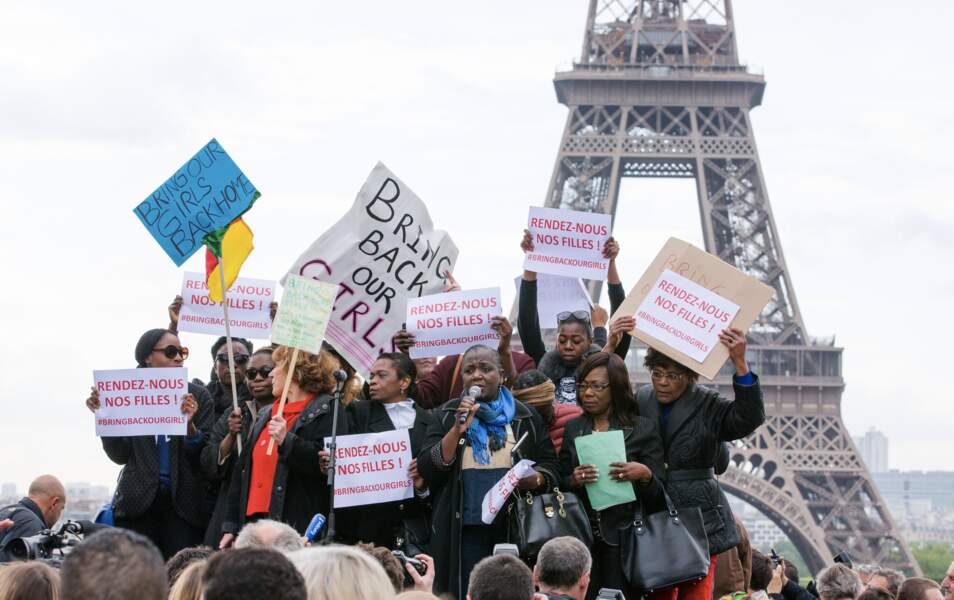Manifestation au Trocadéro pour la libération des écolières au Nigeria
