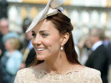 Kate Middleton radieuse à la garden party de Buckingham