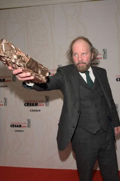 Fraîchement récompensé, le trublion Philippe Katerine égaye la salle des récompenses