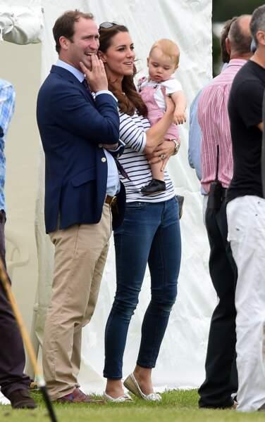Anniversaire du Prince George - Juin 2014 George vole la vedette à son père lors d'un tournoi de polo