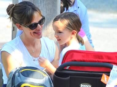 Jennifer Garner, une super maman, au parc