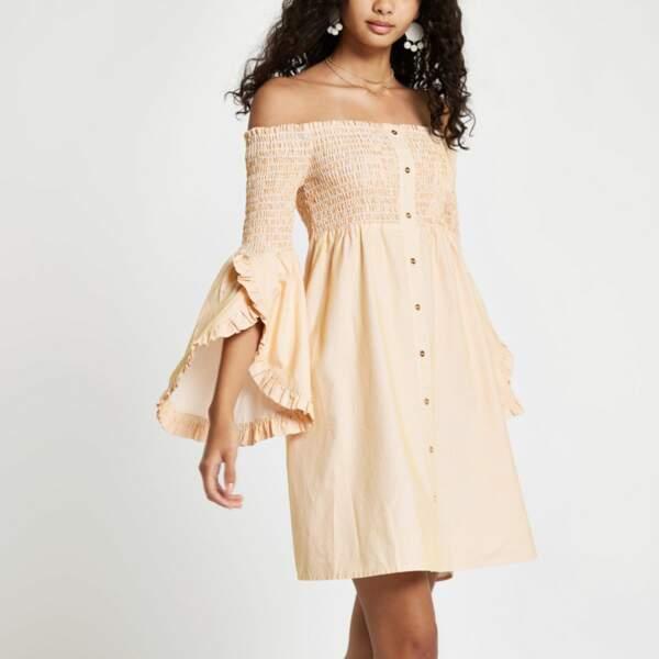 Mini-robe bardot plissée, River Island, 47 euros