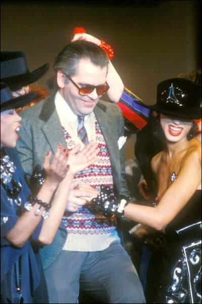 L'évolution physique de Karl Lagerfeld : le créateur en 1982