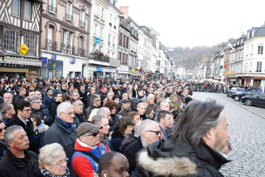 Des centaines de personnes étaient réunies pour rendre hommage à Alexis Vastine