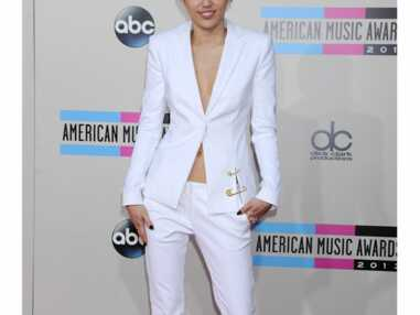 Les pire looks des American Music Awards 2013