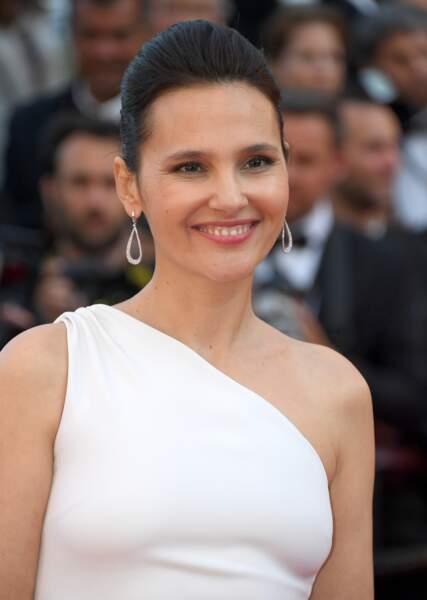 Cannes - Montée des Marches pour le 70ème anniversaire : Virginie Ledoyen