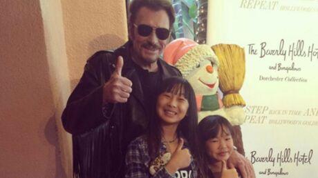 Johnny Hallyday sur scène avec ses filles Jade et Joy pour l'ultime  concert des Vieilles Canailles