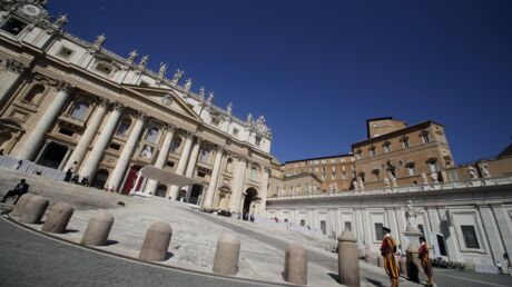 Scandale au Vatican: orgie et drogue, un prêtre surpris en pleine partie fine