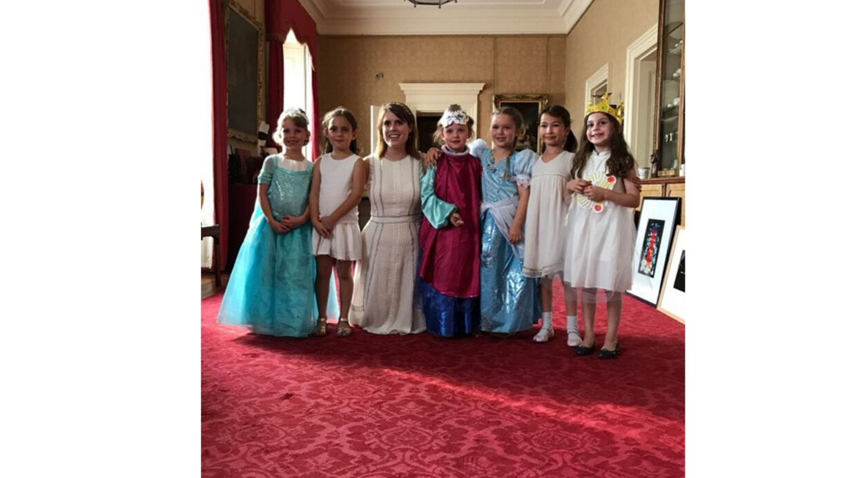 PHOTOS David et Victoria Beckham: leur fille Harper a fêté son anniversaire à Buckingham Palace!