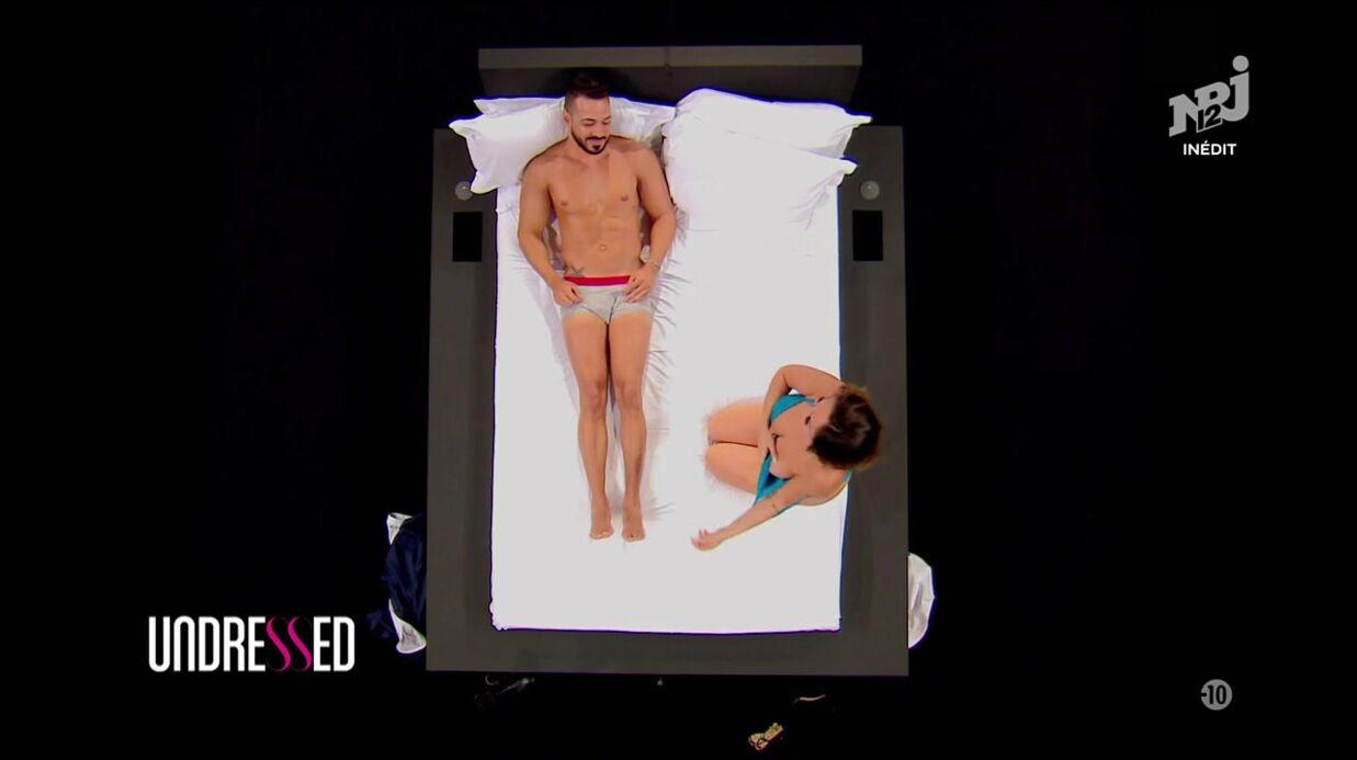 VIDEO Undressed: une candidate montre ses seins pour séduire un homme