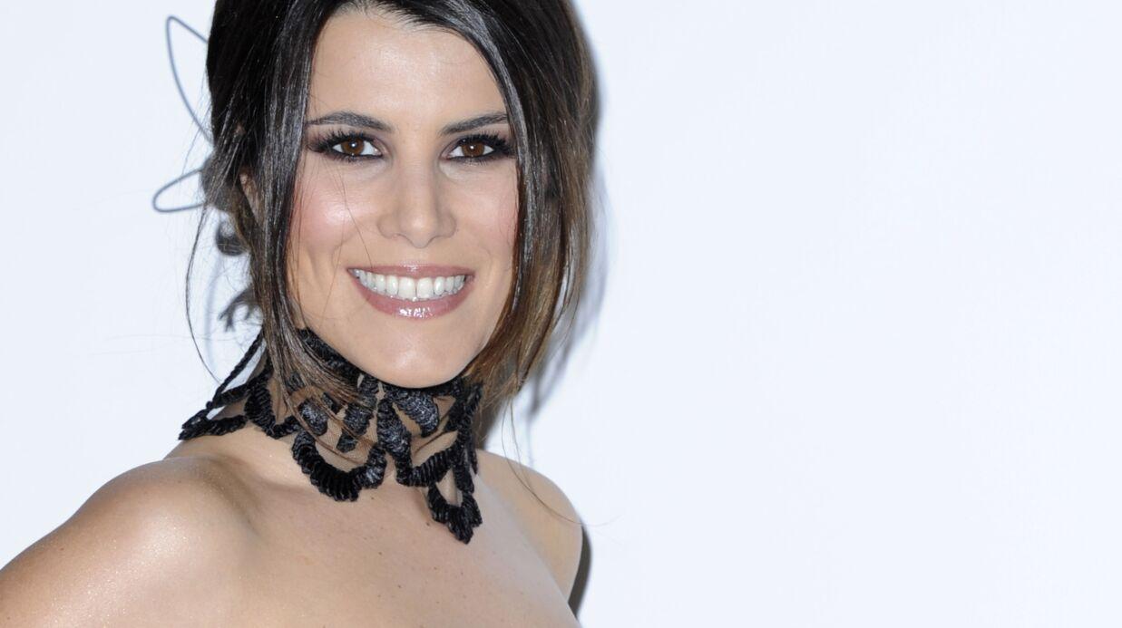 Le décolleté ravageur de Karine Ferri: la photo très sexy