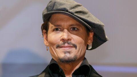 Pourquoi Johnny Depp a dépensé 7 000 dollars pour un canapé de l'Incroyable Famille Kardashian