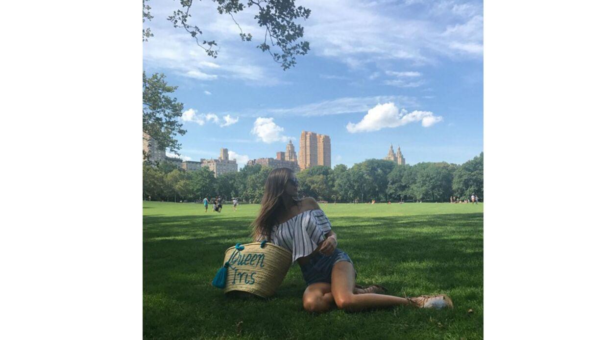PHOTO Iris Mittenaere: en mini-short sexy, Miss Univers s'éclate à Central Park