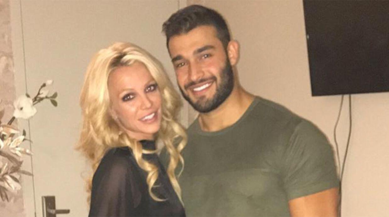 Britney Spears: très amoureuse, elle s'éclate avec son