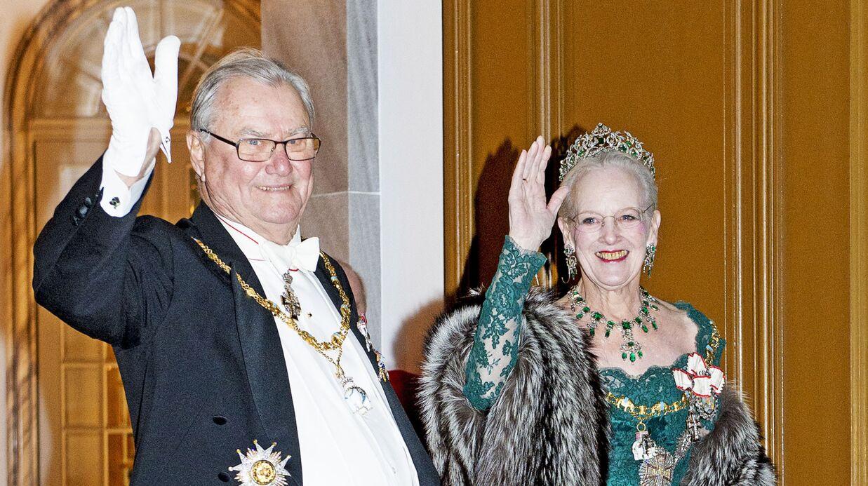 Furieux et jaloux, le mari (français) de la reine du Danemark refuse d'être enterré à côté d'elle