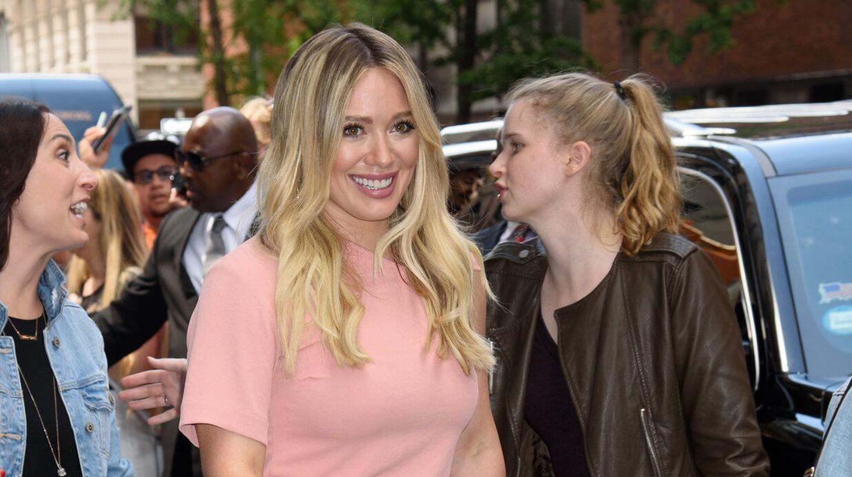 Hilary Duff: critiquée à cause de sa cellulite, elle s'indigne sur Instagram