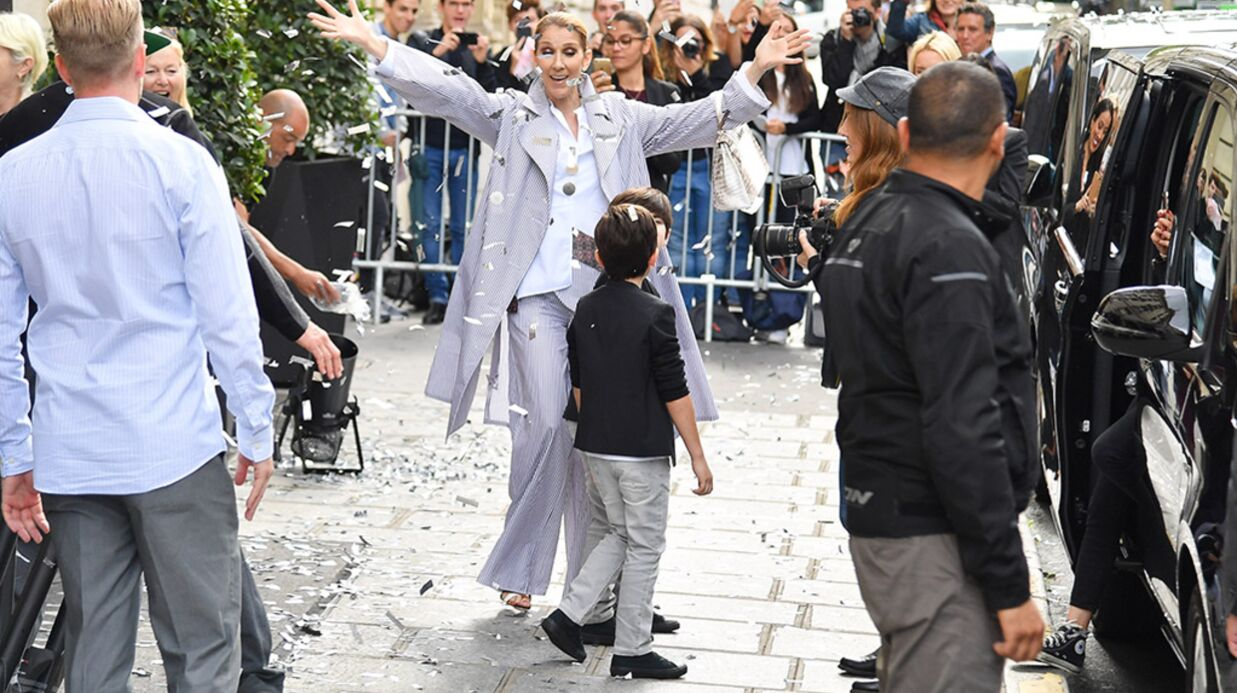 PHOTOS Céline Dion: son départ très surprenant de son hôtel parisien sous une pluie de confettis
