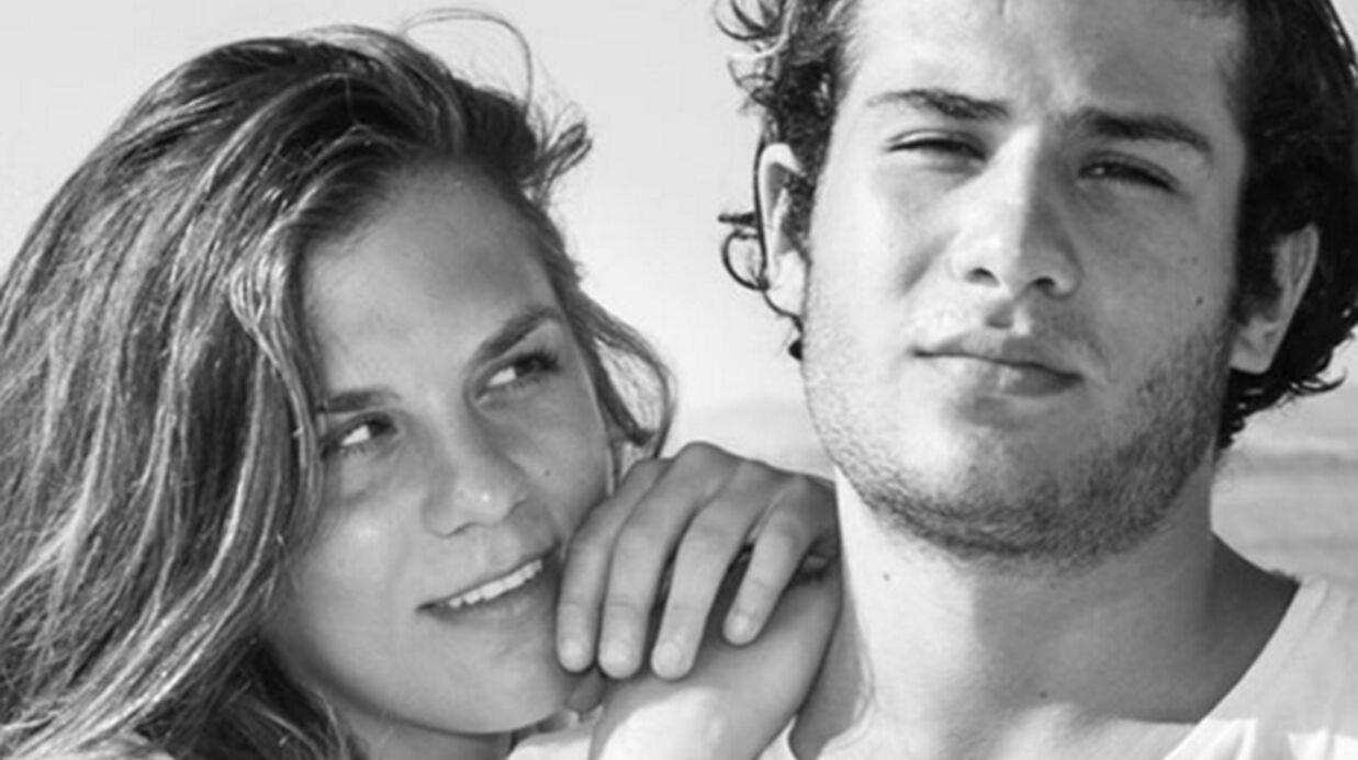 PHOTO Qui sont les parents célèbres de ce charmant duo?