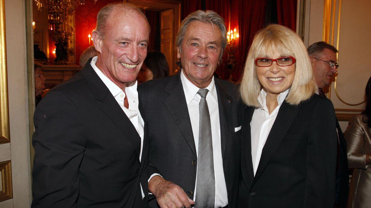 Mireille Darc: son mari et Alain Delon réunis à son chevet, ils lui ont tenu la main jusqu'à la fin