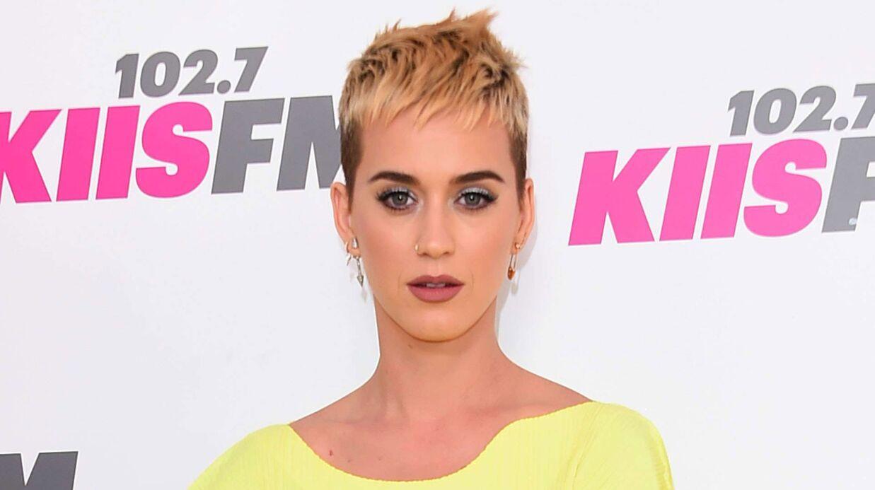 Katy Perry: une machiniste la traîne en justice après s'être blessée sur sa tournée