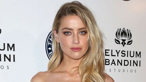 PHOTO Amber Heard : topless dans sa piscine, son cliché de vacances très sexy