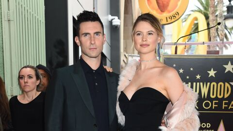 PHOTO Behati Prinsloo attend son deuxième enfant avec Adam Levine