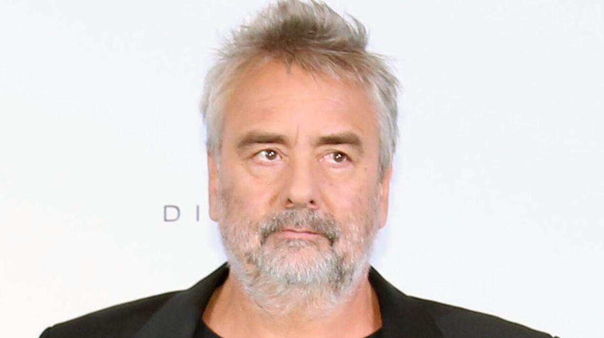 Luc Besson au cœur d'un gros (et onéreux) conflit de voisinage à cause des cerfs présents sur sa propriété
