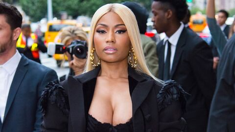 PHOTOS Nicki Minaj : sa tenue très hot en (faux) billets