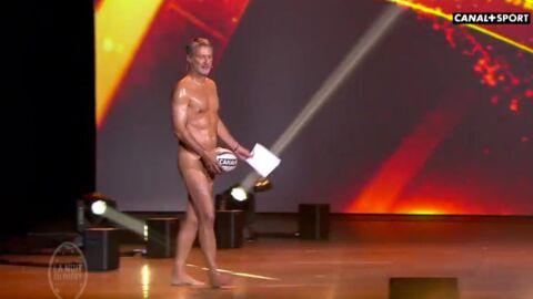 Antoine de Caunes arrive tout nu sur le plateau de la Nuit du rugby (et il est SUPER CANON)