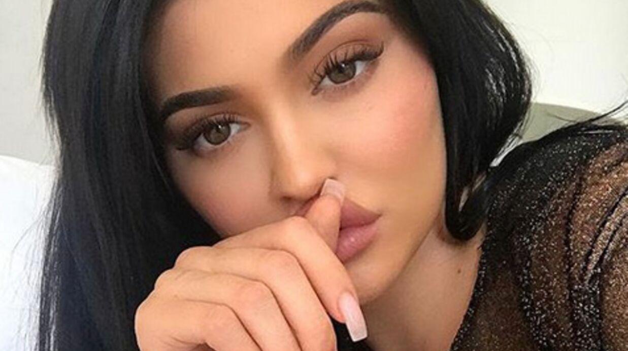 Kylie Jenner: corsetée et seins nus sous son body, son cliché ultra sexy